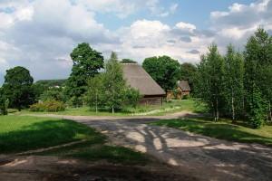 Музей-усадьба в Ракутевщине